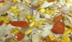 Chicken Corn Onion and Tomato Pizza
